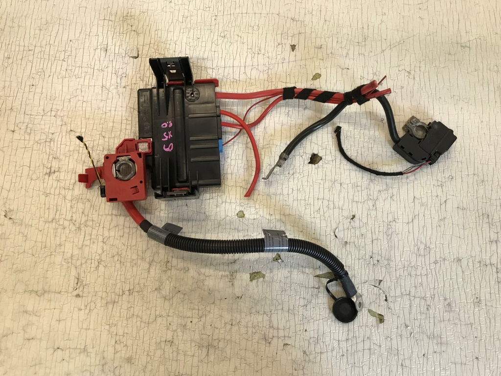 details about 2007-2013 bmw x5 e70 power distribution fuse box & battery  positive cable oem 09
